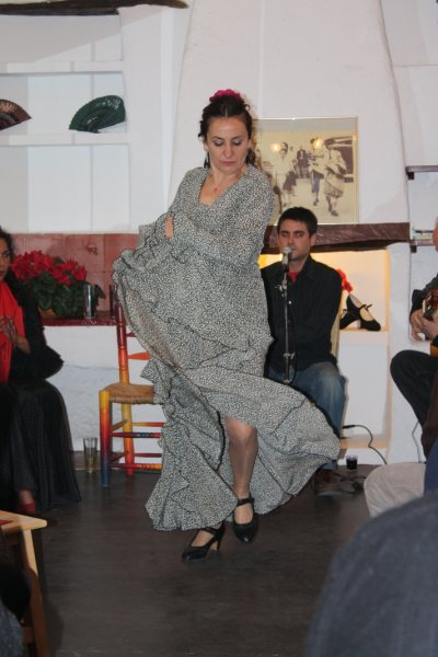 Flamenco Classes with Isabel and Cristina