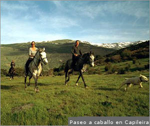 Trekking on horseback above Capileira